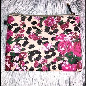 NWOT Betsey Johnson Makeup Bag